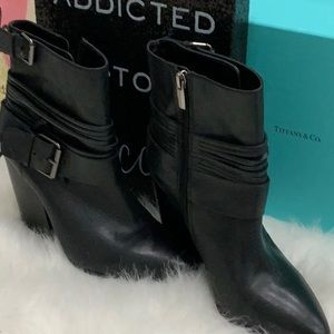 Vince Camilo leather booties with heel